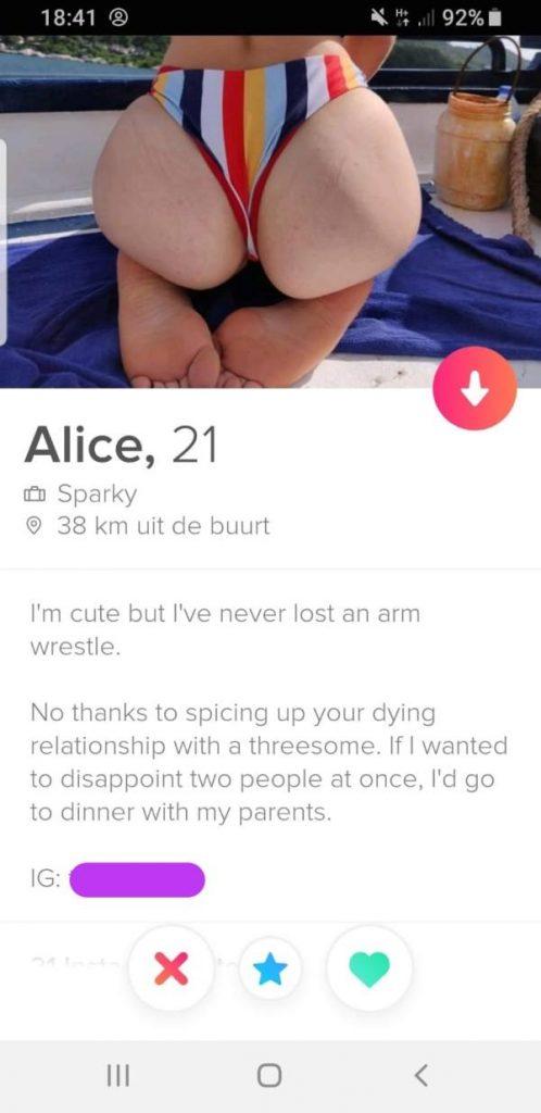 Sexy tinder girls
